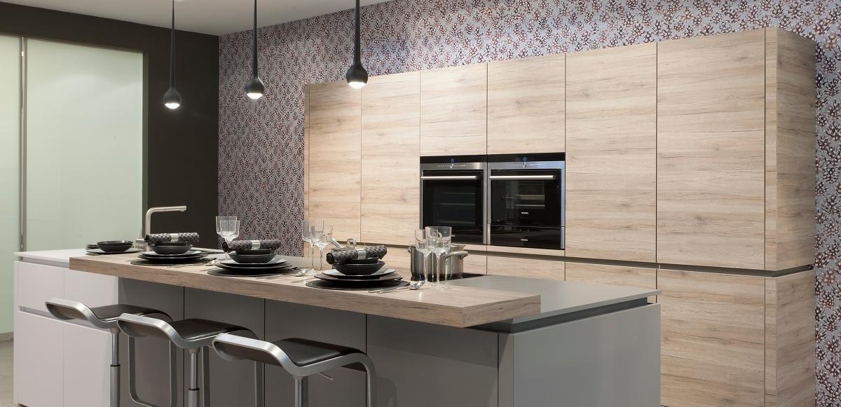 raumeinheit qualit t vom handwerk individuelle k chen. Black Bedroom Furniture Sets. Home Design Ideas